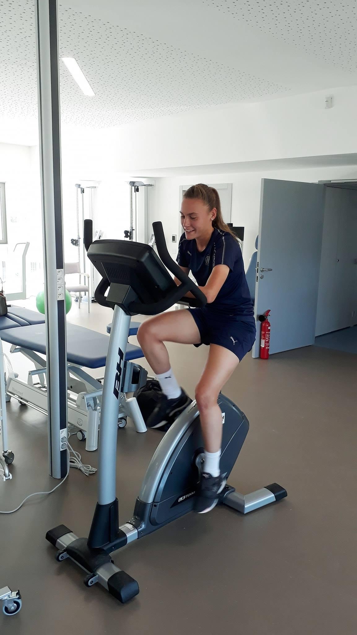 Joueuse de l'équipe de football féminine de l'Olympique de Marseille