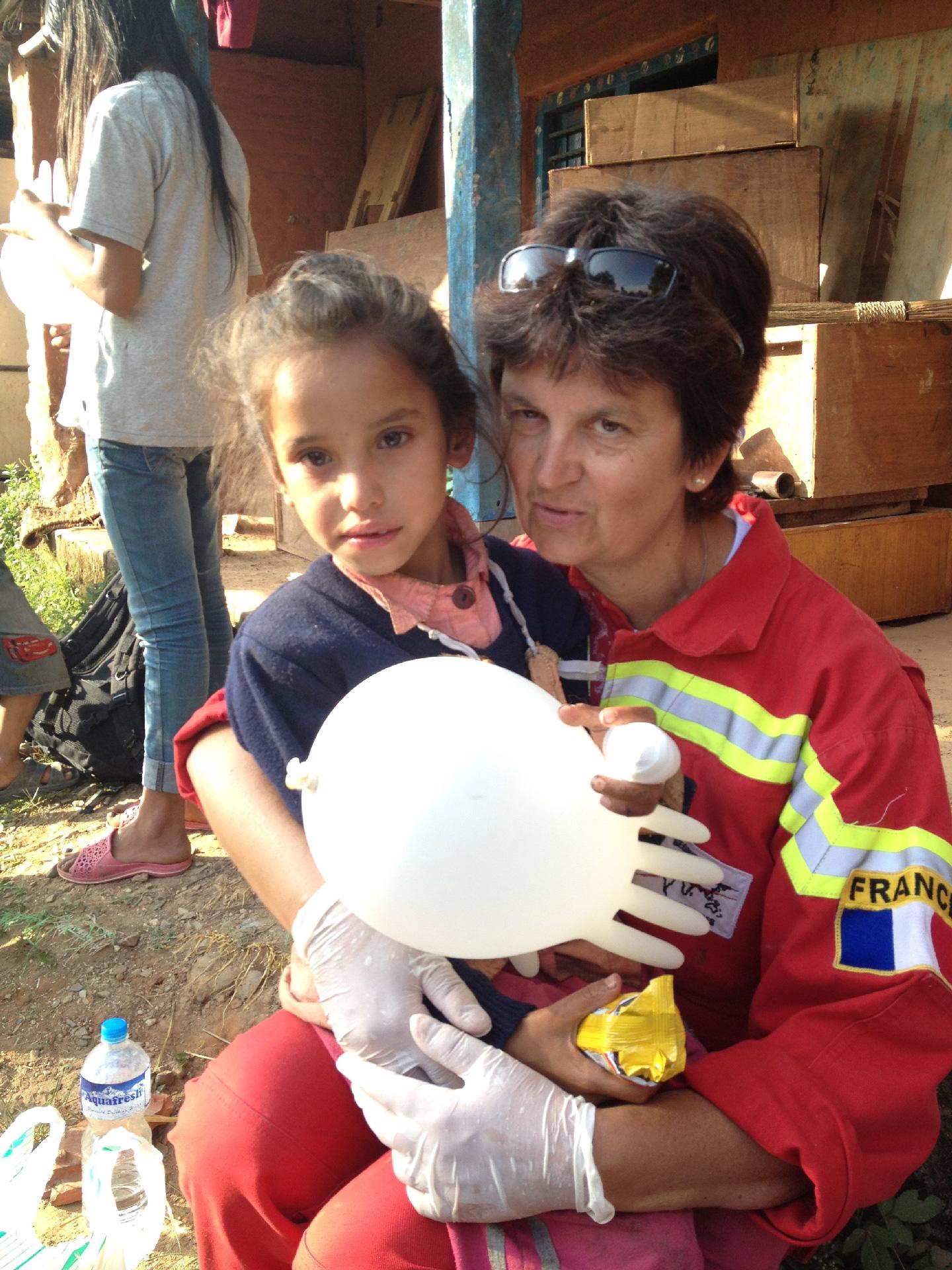 Anne Roy en mission humanitaire